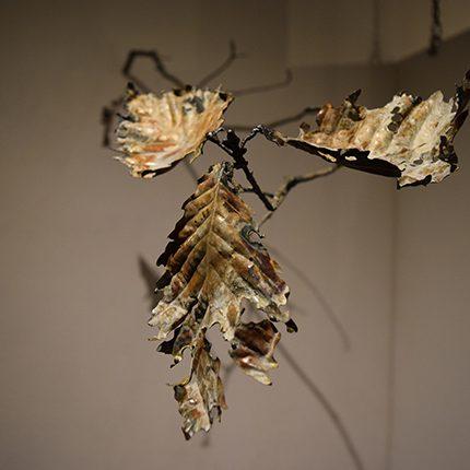 fallen leaves -corrosion- 「ミズナラ / Q, crispula」2017年制作 鉄板・丸鋼 / 鍛金・ガス溶接・腐食
